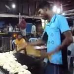 インド人もびっくり!? ナン作りの超絶美技